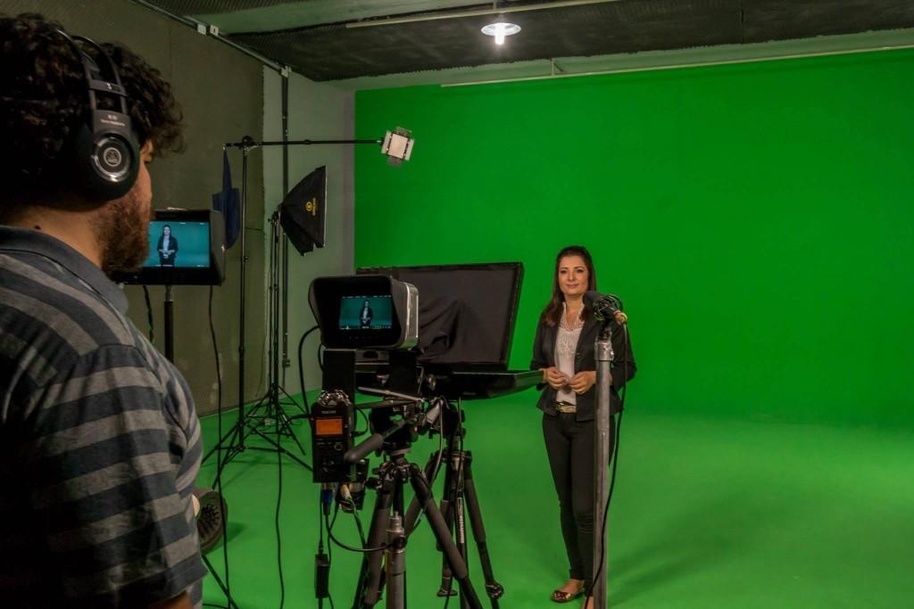 Vale a pena alugar um estúdio para gravação de vídeos?